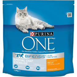 Purina One Chat Stérilisé - Poulet & Blé - Croquettes chat - 1,5 kg